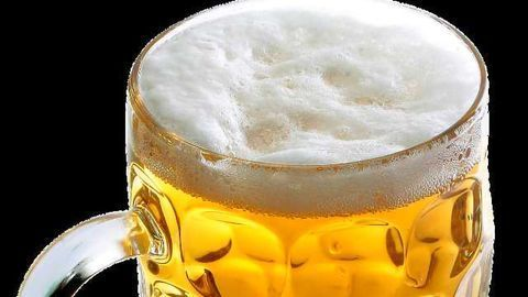 Moderate Drinking Lowers Risk of Heart Conditions