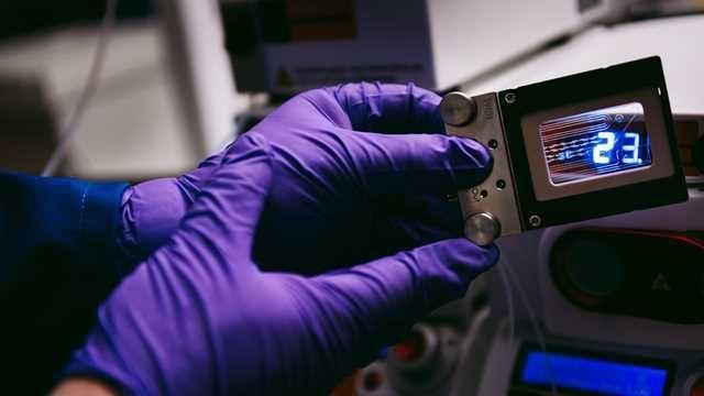 Flow Chemistry Improves Control of Nanoprecipitation
