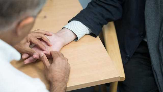 Anti-TNF Drug Offers Hope to Patients with Disabling Hand Condition
