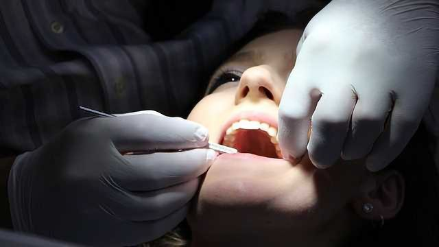 Rare Bacteria that Causes Rampant Tooth Decay Sequenced