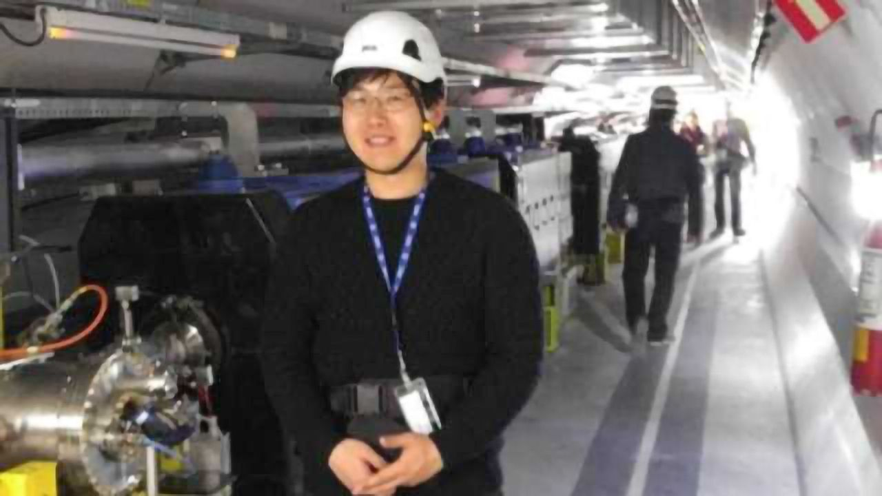 First Ever Acceleration of Electrons in Plasma Waves