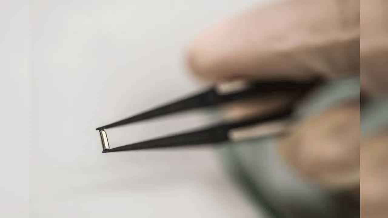 Implantable Drug-eluting Nanofluidic Device Delivers Immunotherapy