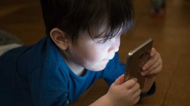 Screen-Time Does not Disrupt Children's Sleep, New Study Finds