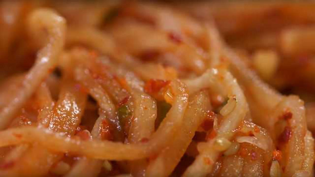 What Makes Kimchi So Delicious?