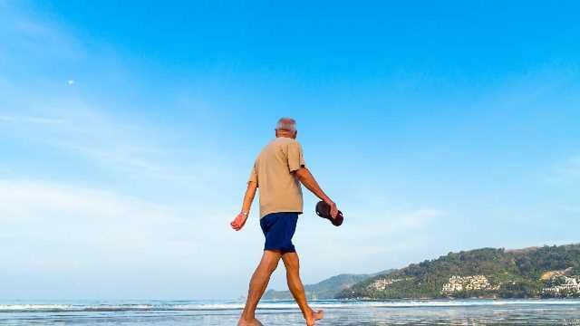 Study Links Moving More in Older Age to Sharper Memory