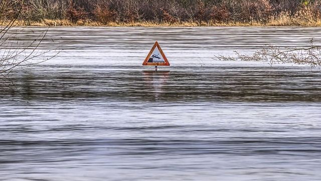 Global Connections of Extreme Rainfall Established