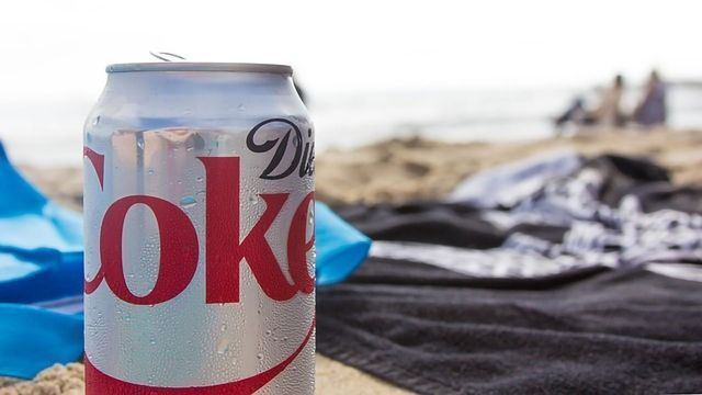 Caution to Older Women Over Diet Drinks