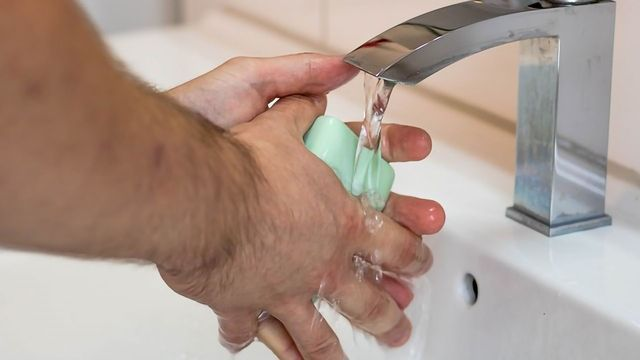 Simplified Hand Sanitizing Protocol Just as Efficacious