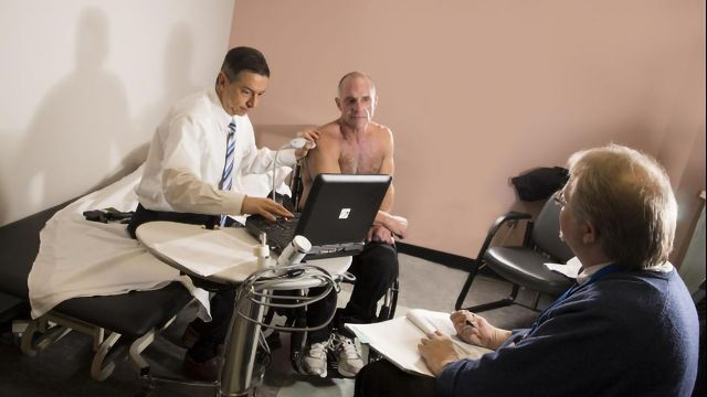 Adipose Tissue Injection Relieves Spinal Cord Injury Patient's Chronic Shoulder Pain