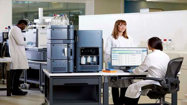 BioAccord LC-MS: Making Mass Spectrometry Available to the Masses
