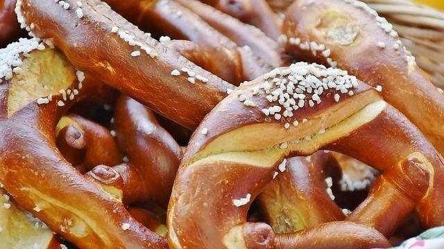 Un-knotting Pretzel's Delicious Aroma