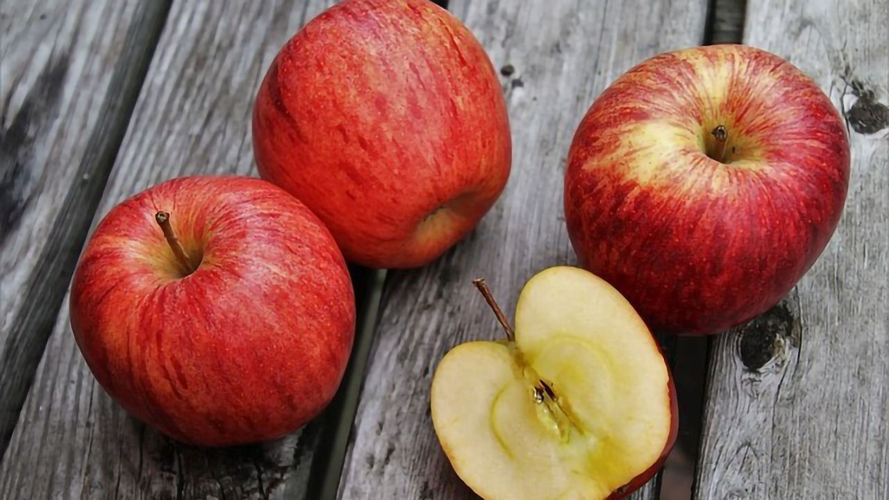 Most Microbes Are Inside an Apple - Good Luck Washing Them Off!
