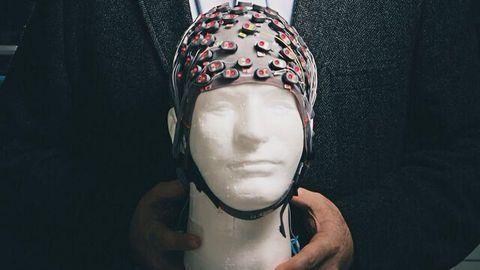 """""""Smart"""" Brain Stimulators Could Treat Parkinson's Symptoms"""
