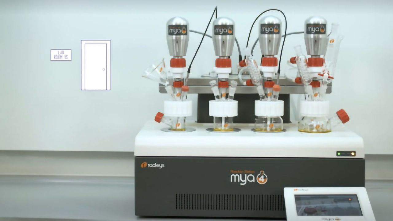 Mya 4 Reaction Station from Radleys - Safe, unattended chemistry round the clock (quick demonstration)