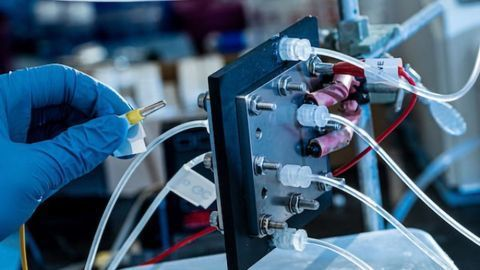 """""""Green"""" Invention Turns Carbon Dioxide Into Valuable Fuels"""