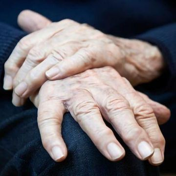 Drug That Combats Memory Loss in Alzheimer's Enters Phase II Trials