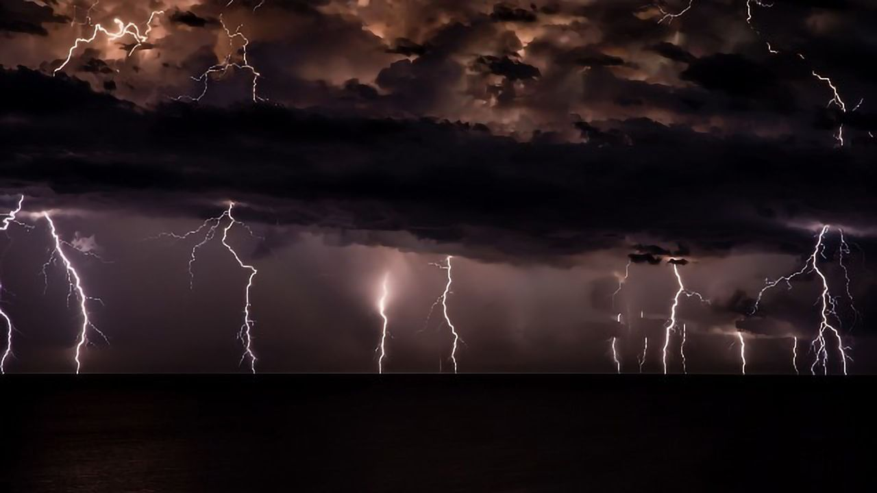 """Forget Forecasting – AI """"Nowcasting"""" Can Predict Lightning Strikes"""