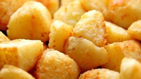 The Secret to Roasting Amazing Potatoes According to Chemistry