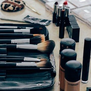 Over Nine in Ten Make-up Bags Harbor Deadly Superbugs