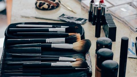 Over Nine in Ten Make-up Bags Harbor Deadly Superbugs