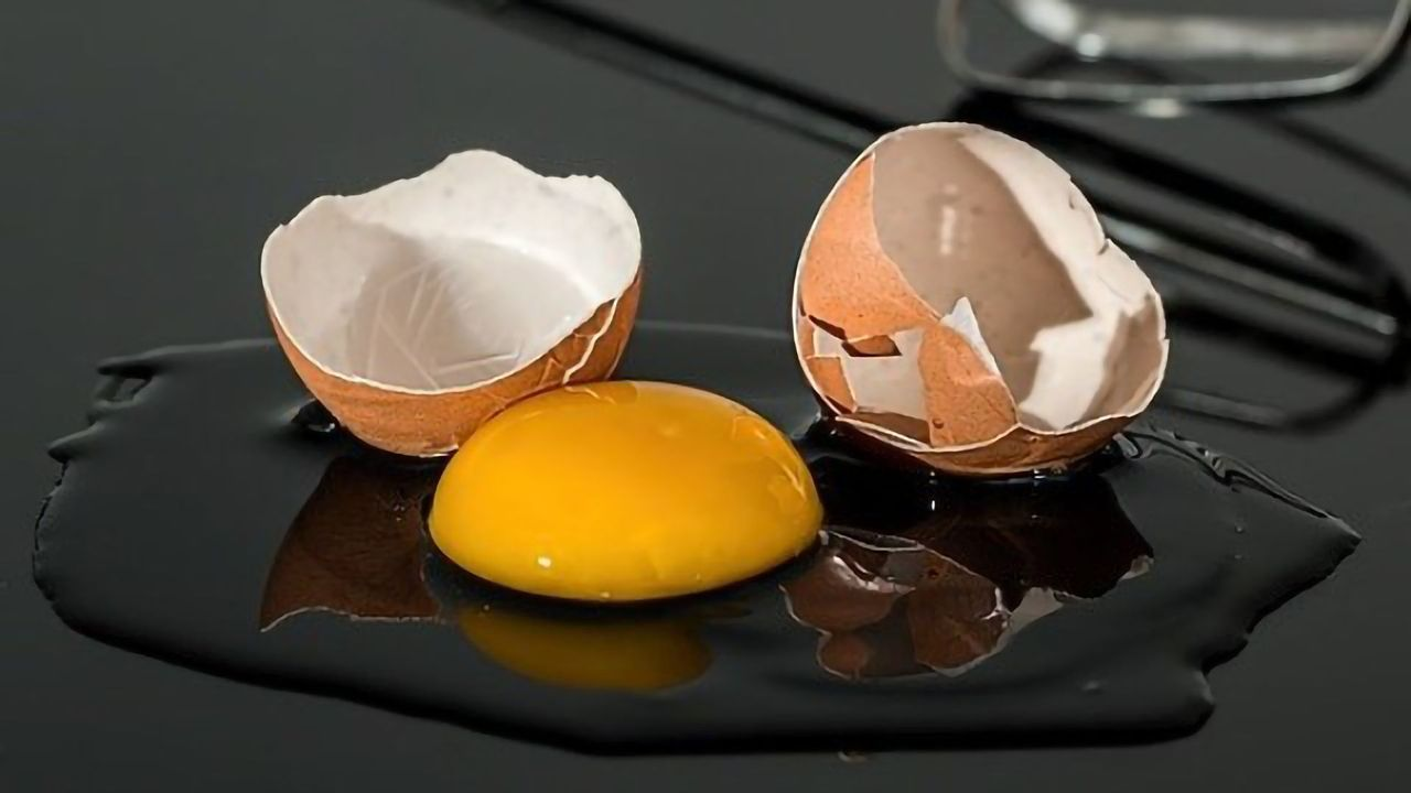 Cholesterol Dangers Downplayed in Egg-industry-funded Research