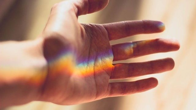 Rainbow Bandages Sense and Treat Bacterial Infections