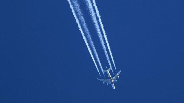 Small Flight Path Changes Could Slash Emissions
