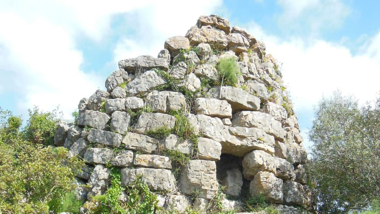 Ancient DNA From Sardinia Unlocks 6,000 Years of Genetic History