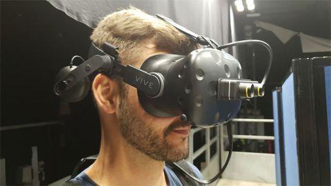 Virtual Reality Device Simulates Sight Loss