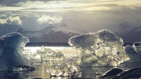 Polar Ice Losses Six-Fold Worse Than in the 1990s