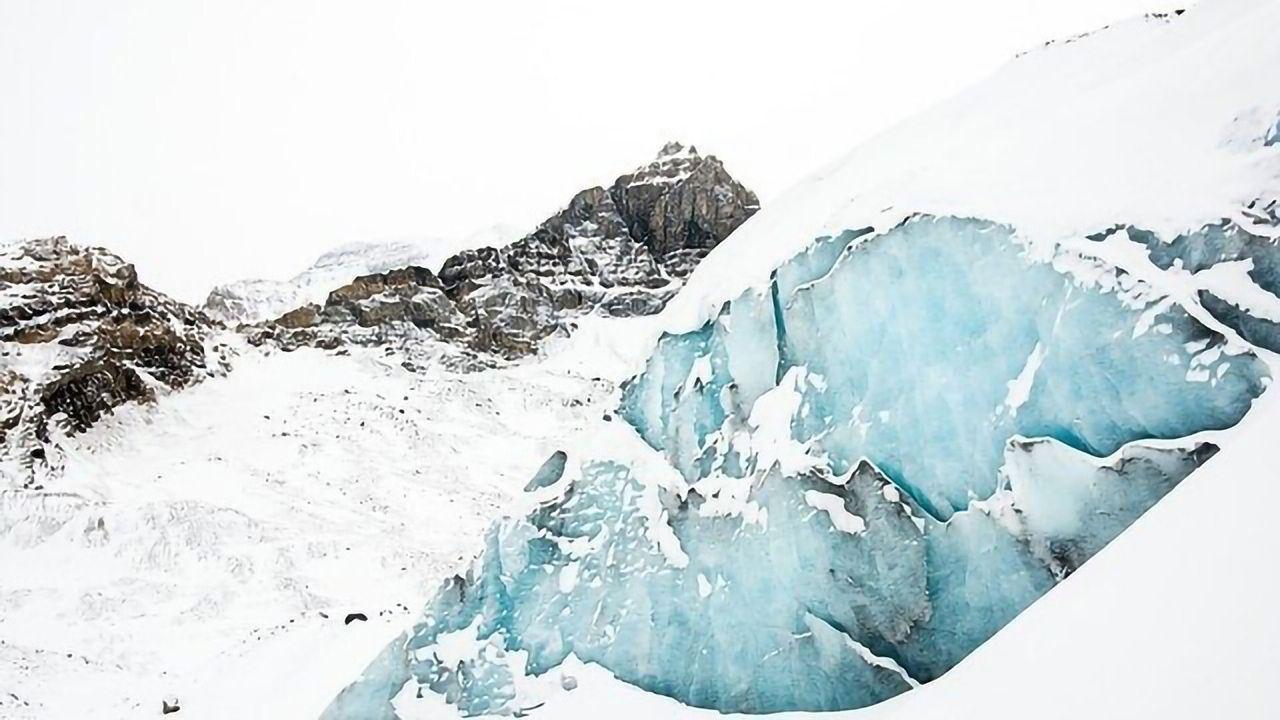 Alpine Glacier Reveals 12th Century Lead Pollution as Bad as Industrial Revolution