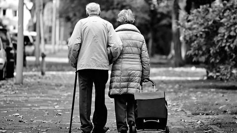 Scientist Suggests Clinical Trials With Low-dose Rapamycin To Protect Elderly From COVID-19