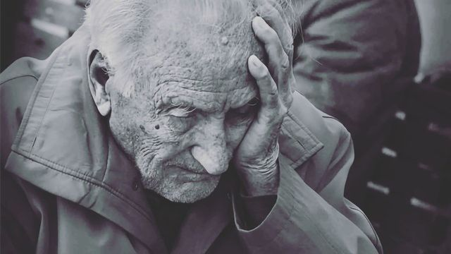 Alzheimer's Patients May Need Dosing Modifications to Meds Prescribed for Other Conditions