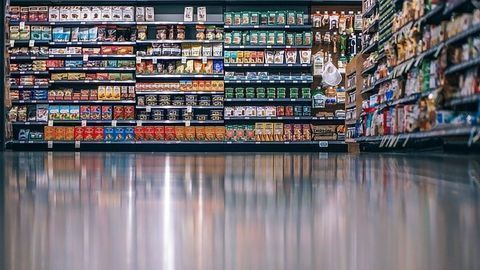 Lack of Science Behind Food Date Labels Leads to Huge Wastage