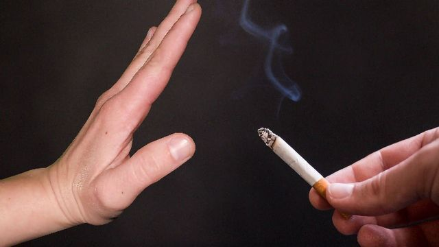 Smokers That are Good at Math are More Likely to Want to Quit, New Findings Suggests