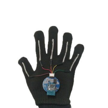 Sensor-fitted Gloves Translate Sign Language Into Speech