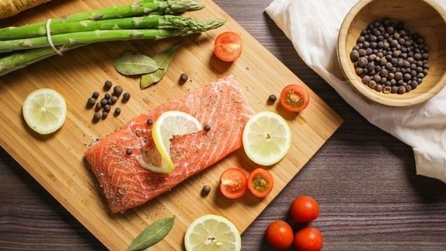 Does Eating Fish Counteract the Impact of Air Pollution on Our Brains?