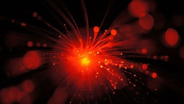 """""""Super Light Source"""" Could Give Atomic Insights"""
