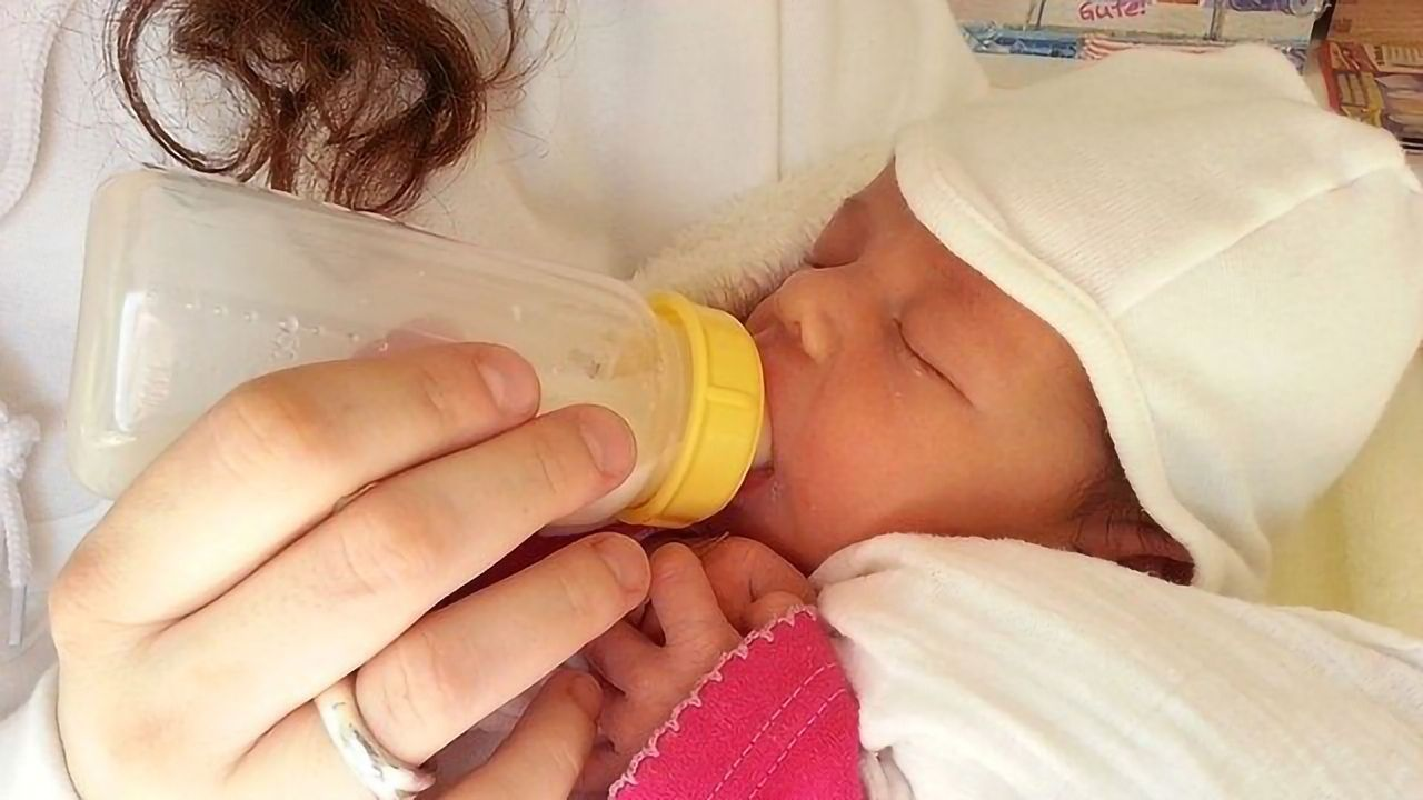 Microbiome Study May Explain Why Breast-Fed and Formula-Fed Infants Can Differ So Much