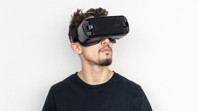 Virtual Training Improves Physical and Cognitive Functions