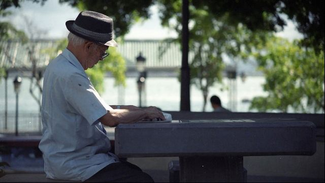 Social Isolation Worsens Alzheimer's-Like Symptoms, Finds Mouse Study