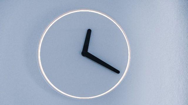 Micro RNAs Play a Key Role in Regulating Circadian Clocks