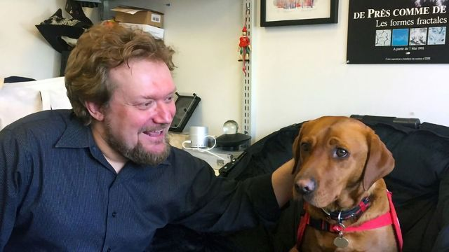 Disease-Sniffing Detector Rivals a Dog's Nose