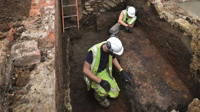 Pottery Fragments Reveal Medieval Religious Diet
