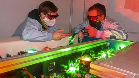 Making Atomic Structures Visible