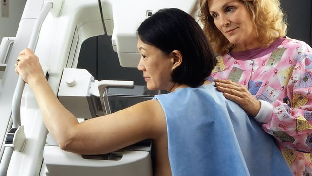 Single-Dose Radiotherapy for Breast Cancer Reduces Damage to Nearby Organs