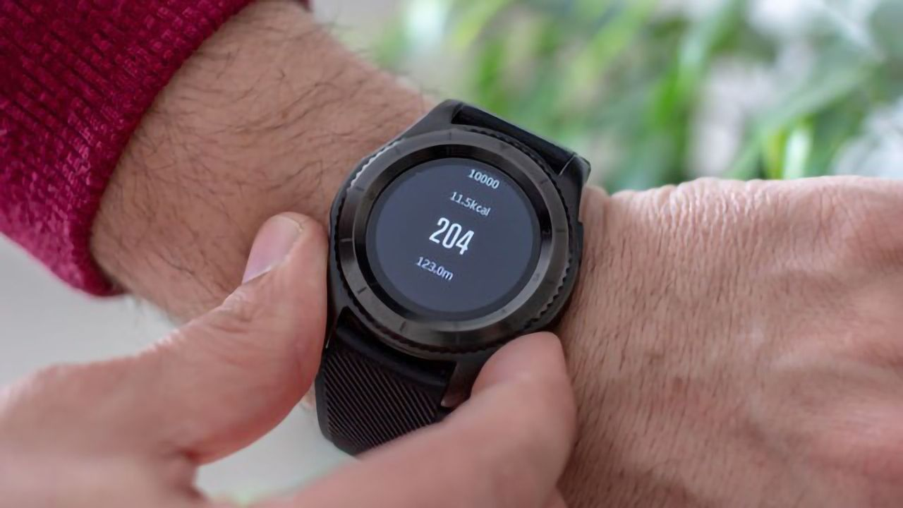 Using LED Light From a Smartwatch To Control Insulin Production