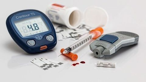 Glucose Tolerance Predicts Memory Decline Ten Years Later