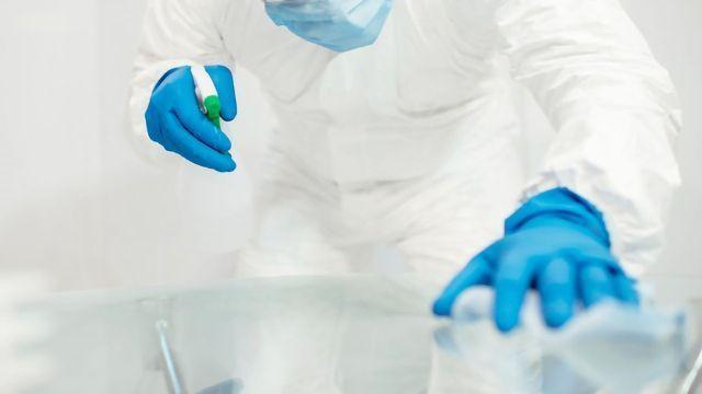 Measuring Surface Contamination With Handheld FTIR